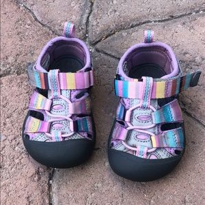 Keen toddler hiking sandals
